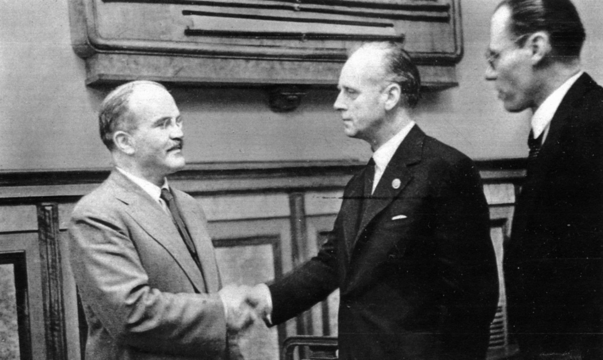 Штайнмайер приедет в Москву 23 марта для переговоров с Лавровым по минским соглашениям и Сирии - Цензор.НЕТ 1275