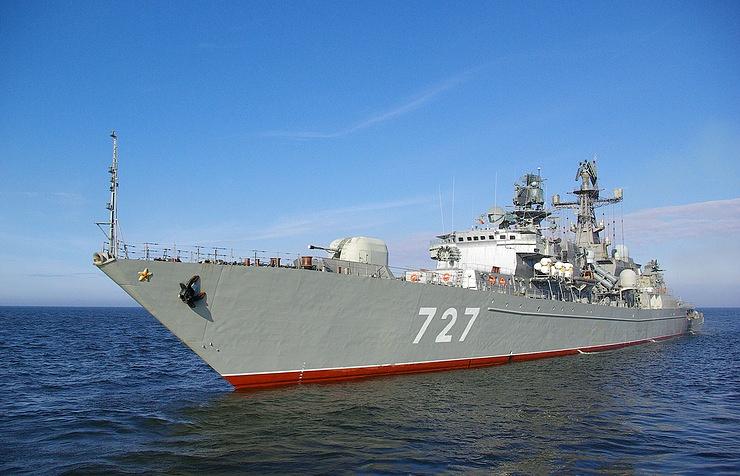 Эсминец США пытался подрезать Ярослав Мудрый