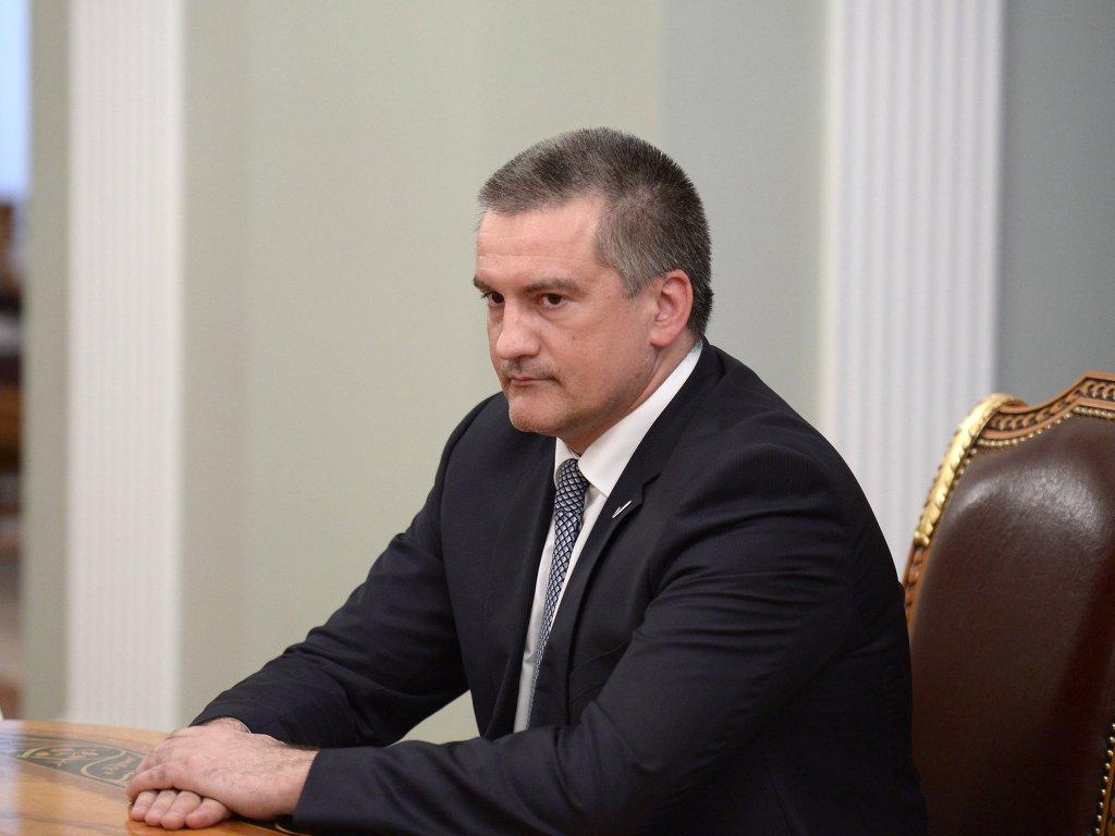 Севастополь передумал отдавать Крыму собственный пакет акций вГенбанке