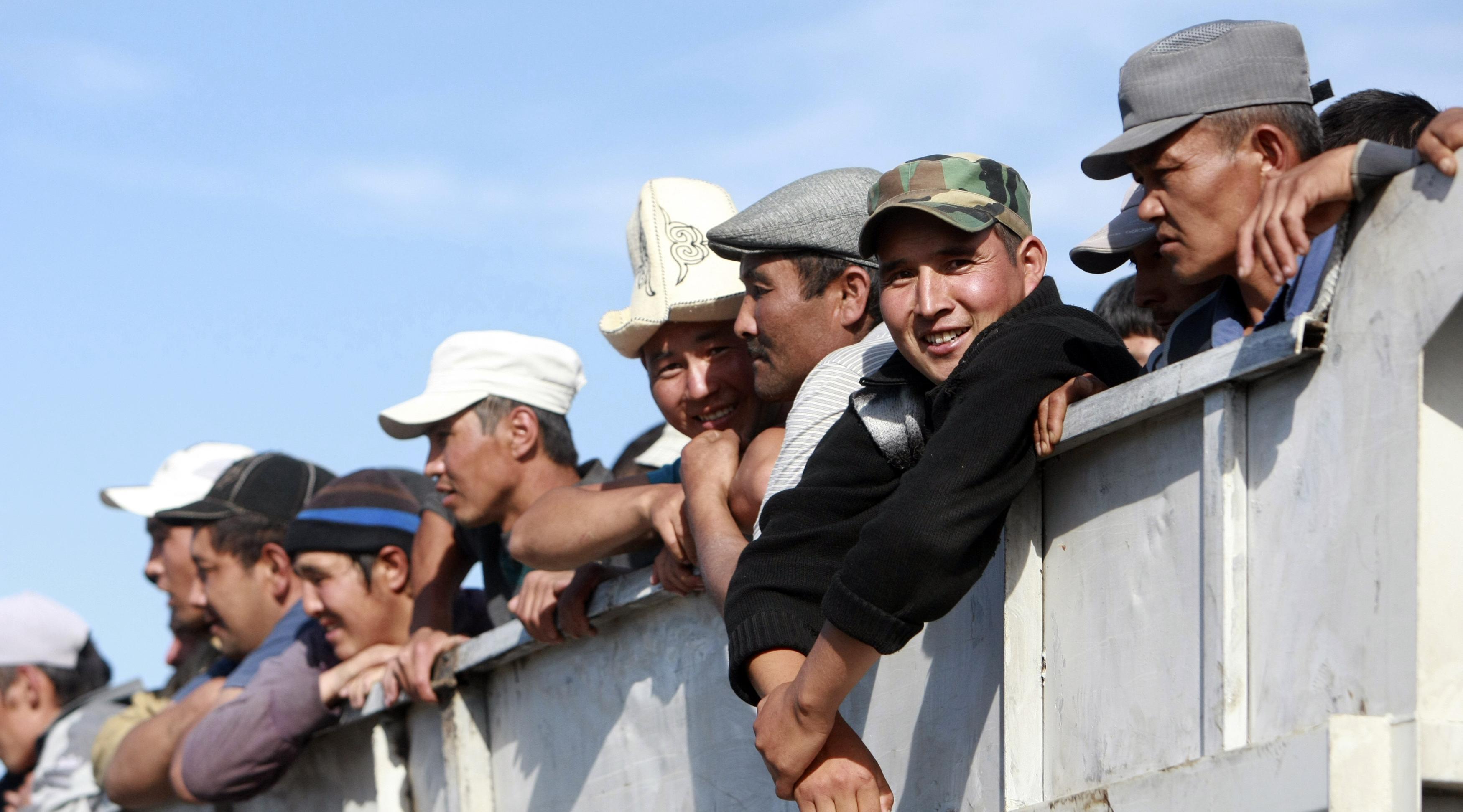 """""""Права человека"""" - Пентагон оплатил тренинги для киргизов на тему конфликта США и РФ"""