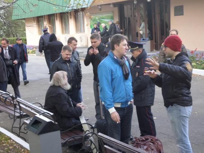 В Константиново с применением насилия задержаны 77-летний залуженный архитектор Гаврилов, активисты Кочетков и Петруцкий A5ec98963060d1ea3c0c96bed2452bc7