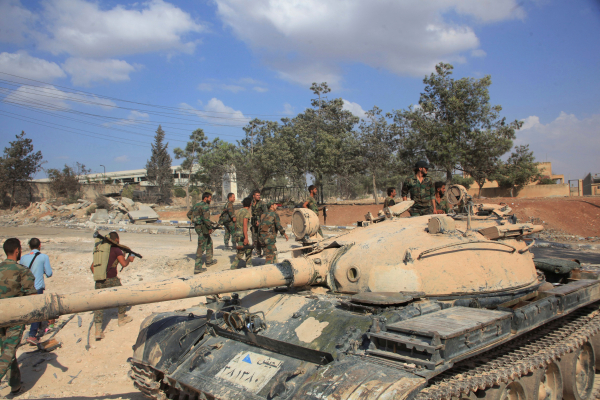 Армия Сирии снова отбила утеррористов лагерь Хандарат наокраине Алеппо
