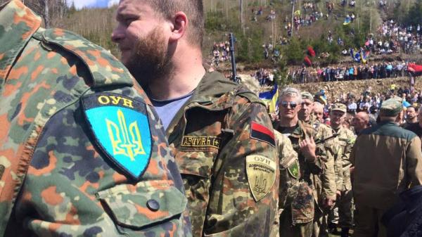 """Батальоны ОУН и """"Сечь"""" собираются идти на Киев"""