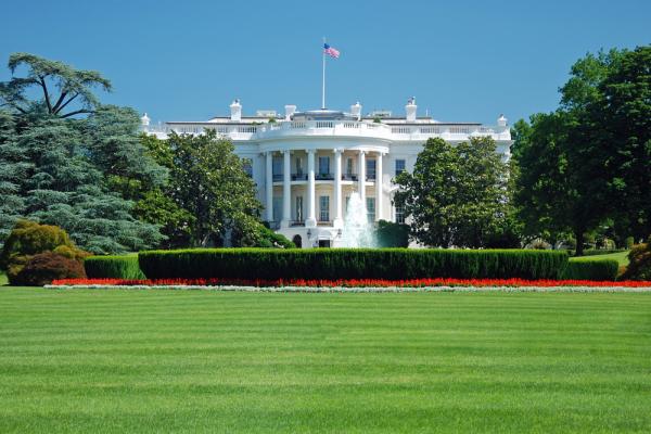 """Белый дом рассказал об ответе на """"хакерские атаки"""" России"""