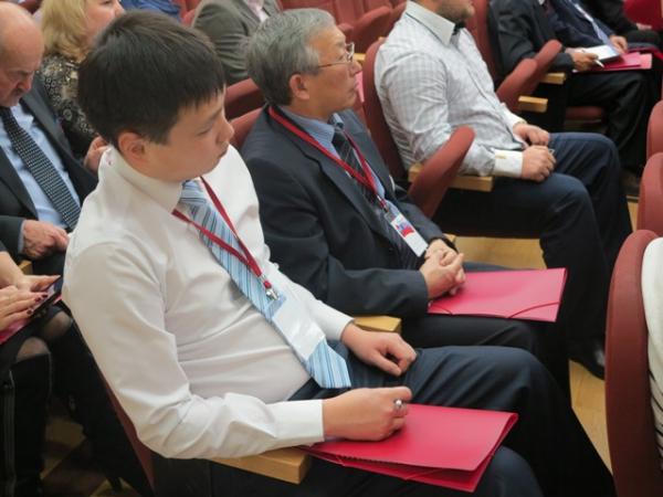 Съезд Партии пожилых людей провалился: несмогли собрать кворум