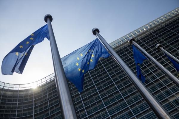 Политики Европы призвали снять санкции сРФ воткрытом письме