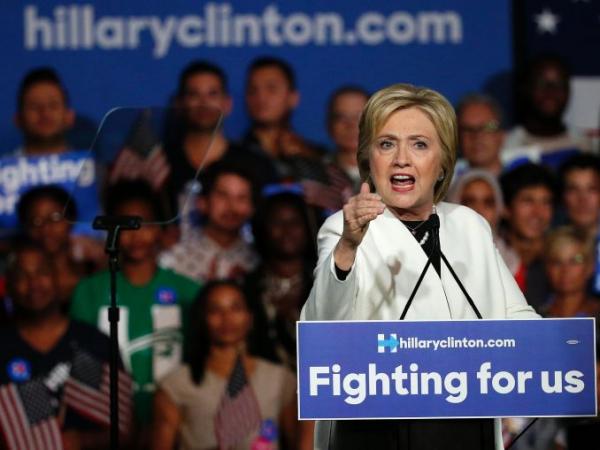Клинтон обогнала Трампа на11% — Опрос