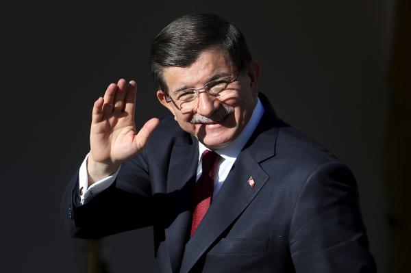 Турецкие войска обстреливают позиции курдских формирований насевере Сирии