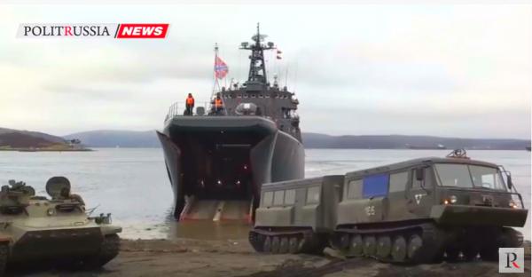 Большой десантный корабль «Кондопога» вернулся вСевероморск после арктического похода
