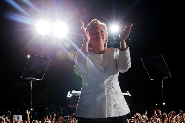 Друг Ассанжа признался, кто стоит заутечками изштаба Клинтон