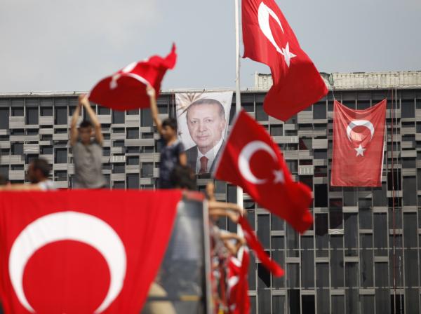 Власти Турции должны уважать верховенство закона исоблюдать права человека— ЕС