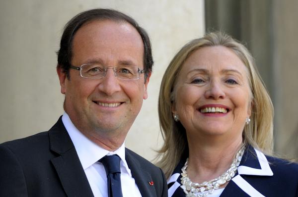 Ученый считает Клинтон иОлланда родственниками