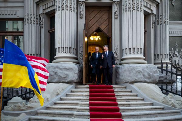 Американские СМИ обвинили сына вице-президента Байдена всвязях сукраинскими коррупционерами