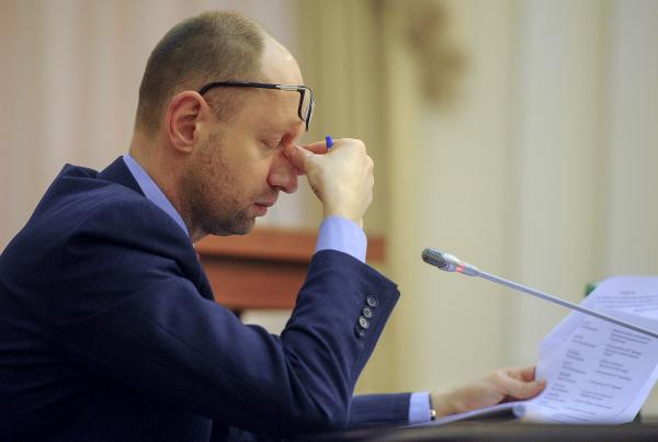 Генпрокуратура Украины начала расследование по получению Яценюком взятки в $3 млн