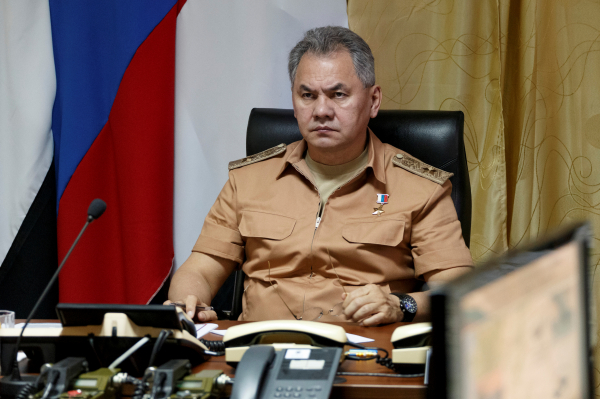 Луценко пригрозил конфисковать имущество у русских генералов