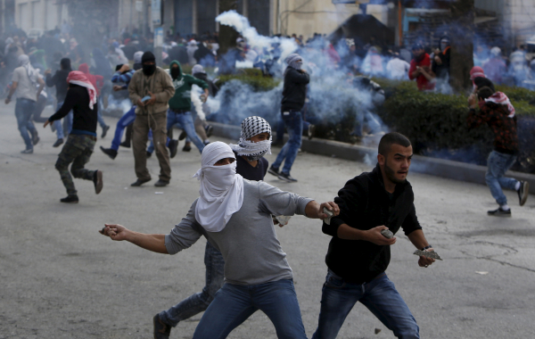 В Израиле ввели минимальное наказание в три года тюрьмы для метателей камней