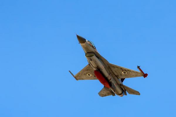 Авиация Израиля нанесла удар поартиллерии правительственных войск Сирии
