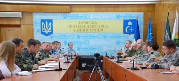 Киберберкут опубликовал фотографии западных военных инструкторов на Украине