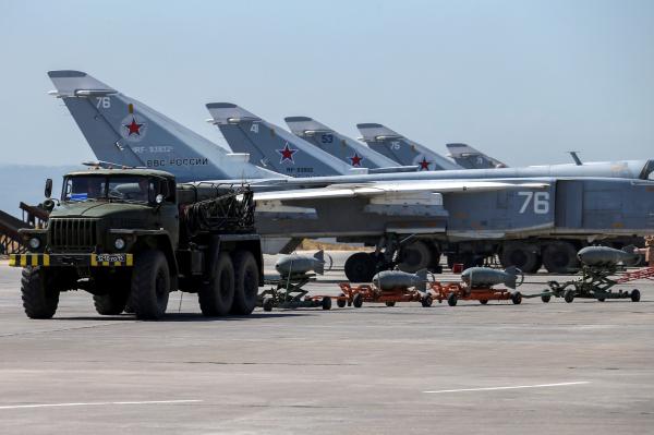 Путин внес вГосдумуРФ соглашение оразмещении авиагруппы вСирии