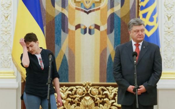 «Раньше надо было думать»: Савченко обвинила Порошенко в невыполнении Минска
