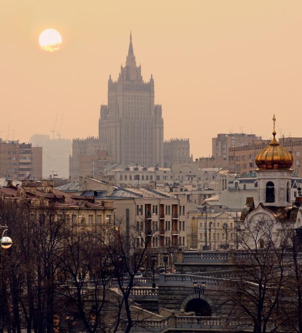 МИД РФ призвал ООН и мировую общественность осудить Эстонию за бюст фашисту