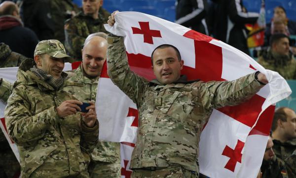 Министр обороны Франции прибыл вТбилиси