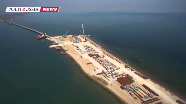 Минтранс: самая сложная стадия строительства Крымского моста пройдена