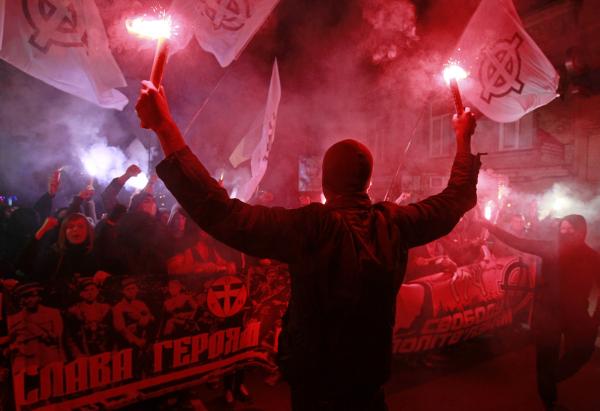 Комбат ОУН: На Украине идет борьба с русским языком