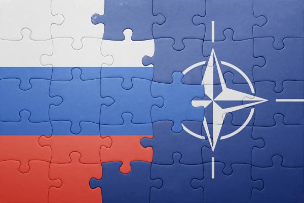 Запад терпит поражение винформационной войне сРоссией— НАТО