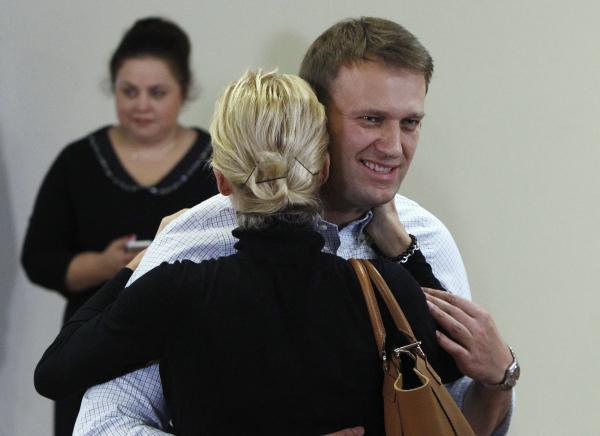 Навальный делает PR на горе своей семьи