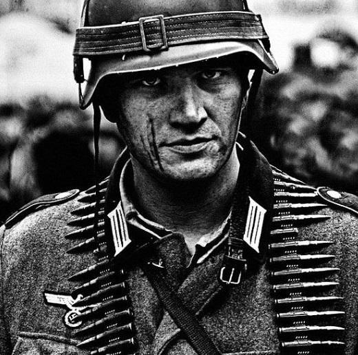 Немцы раскупают роман о солдате Вермахта, перешедшем на сторону советских партизан