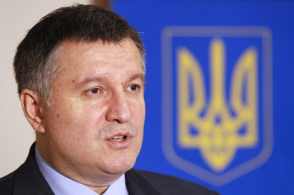 """""""Паноптикум позора"""" - Аваков пригрозил ввести Нацгвардию в Чернигов"""