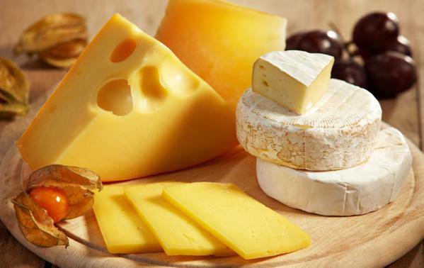 Почти 80% сыра в России оказалось фальсификатом с растительным жиром
