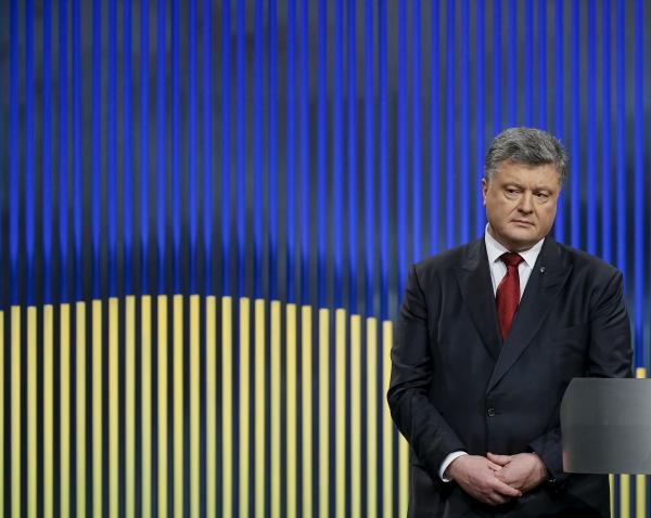 РФиее марионетки должны закончить огонь хотябы наПасху— Порошенко