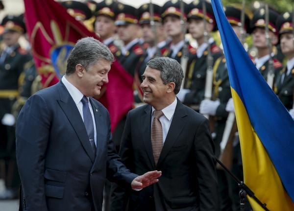 Президент Болгарии назвал Крым украинским ипотребовал освободить Савченко
