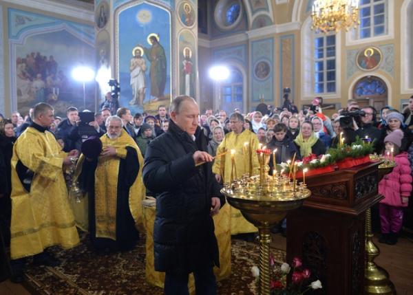 Путин поздравил всех православных христиан с Рождеством