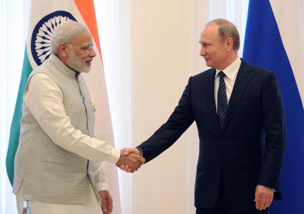 Путин прибыл в Индию на переговоры с Моди и саммит БРИКС