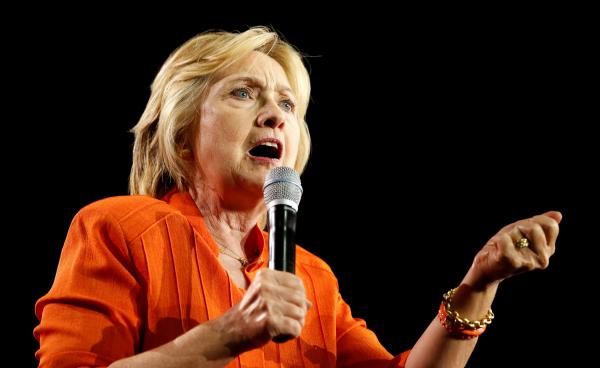 ВКолумбии наХиллари Клинтон подали всуд