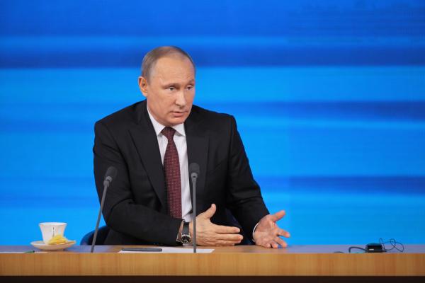 Какие вопросы жители России задали Владимиру Путину