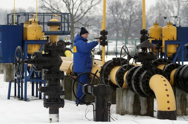 """СМИ: Польша решила построить газопровод """"в обход"""" России"""