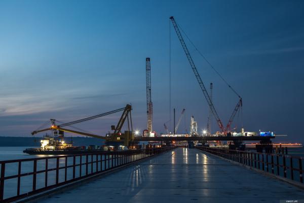 Строители Крымского моста прошли очередной рубеж, установив 3 тысячи свай