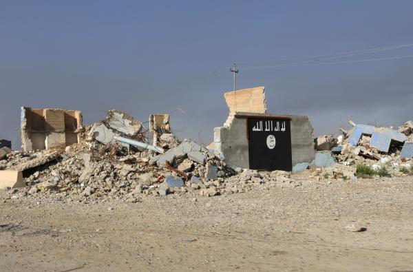 Исламские боевики экстремистской группировки теряют свои позиции вСирии иИраке