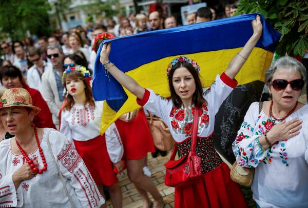 """""""Цена кредитов"""" - на Украине обложат налогом сараи, веранды, навесы и беседки"""