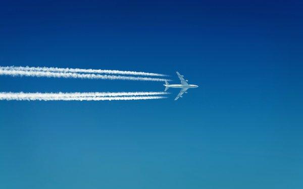 Украина запрещает транзитные полеты для всех авиакомпанийРФ