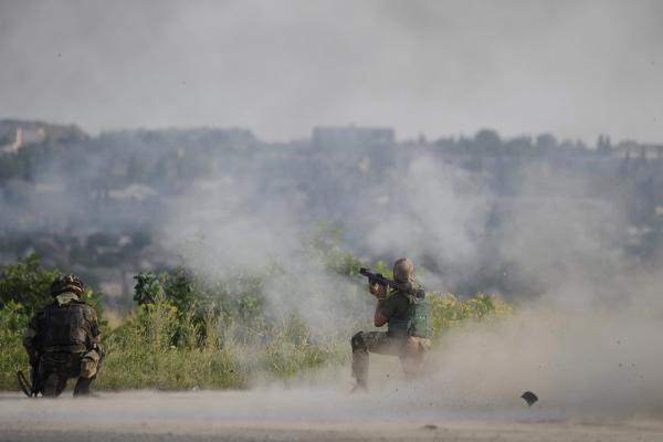 Украинский журналист уличил Киев во лжи об обстрелах в Донбассе