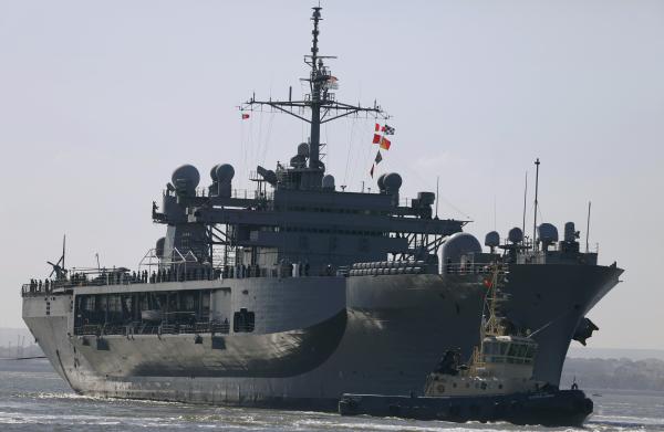 """В Чёрное море вошёл флагман шестого флота США """"Маунт Уитни"""""""