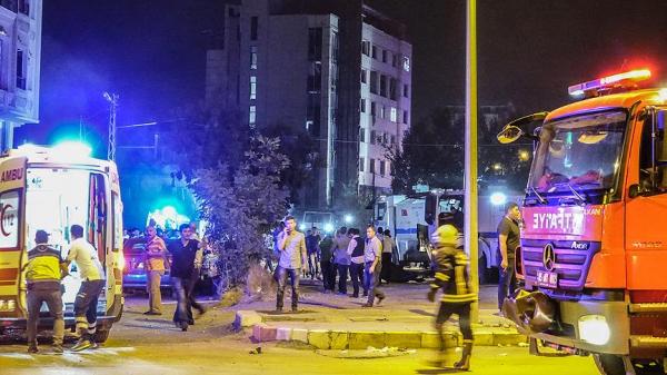 ВТурции 20 человек были ранены в итоге взрыва уштаба милиции