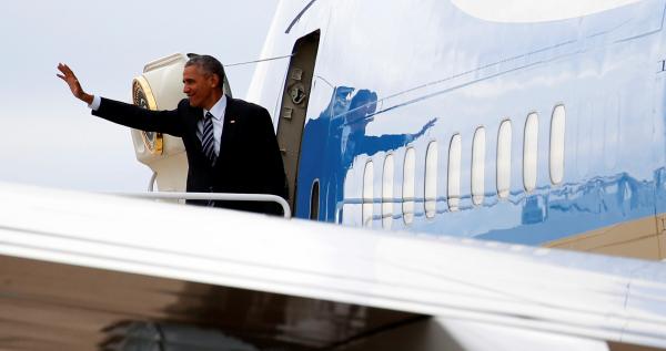 """""""Я остаюсь"""" - Обама не намерен покидать США, если на выборах победит Трамп"""
